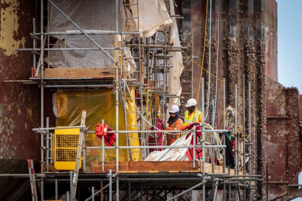 Ứng dụng của băng dán gai trong ngành công nghiệp xây dựng